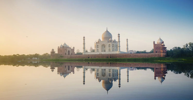 Helpful Insider Travel Tips to use for Agra & the Taj Mahal